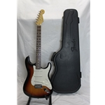 FAMSTRAT  Used Fender American Stratocaster w/case